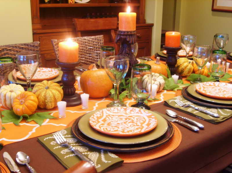 How to dress up your thanksgiving table i don 39 t have Simple thanksgiving table decorations