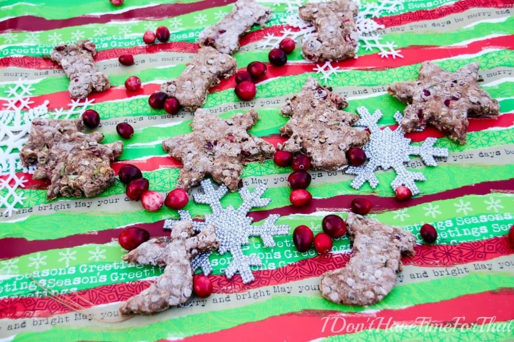 Cranberries, Lentils and Oats Christmas Dog Treats edited4