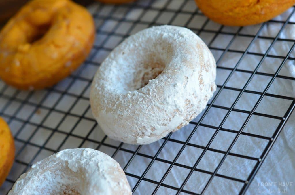 pumpkin-cake-donuts12