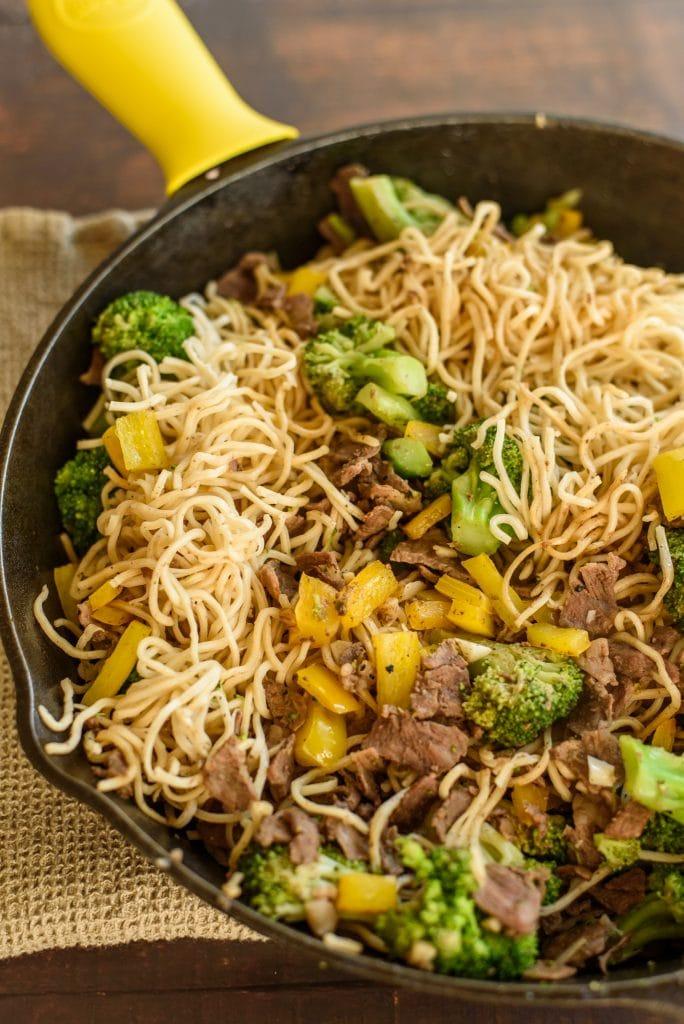 Easy Beef & Broccoli Soba Bowl